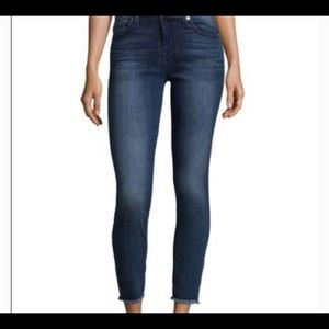 7 for All Mankind Gwenevere Ankle Jeans Frayed Hem